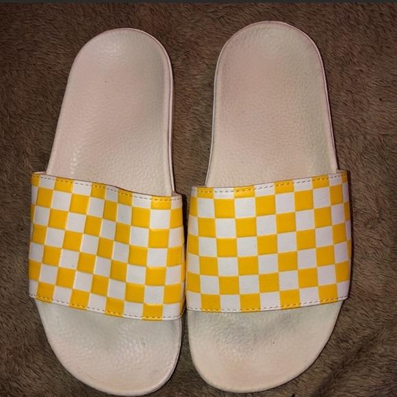 d0a2e5244 Vans Checkered Slides. M 5ca67540a20dfc4045d463d1
